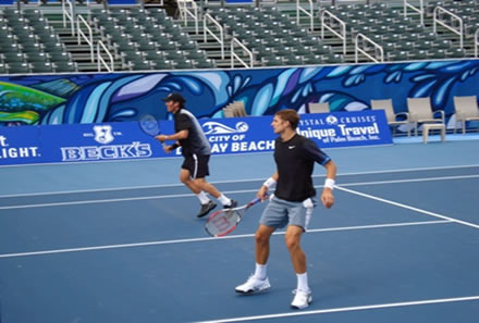 Coach Scott Williams with Max Mirnyi